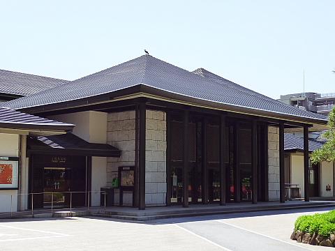 国立能楽堂01.jpg
